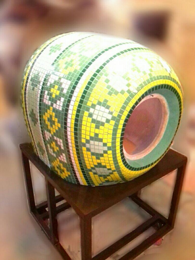 тандыр с мозаикой
